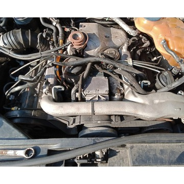POMPA WTRYSKOWA AUDI VW 2,5 TDI 059130106E