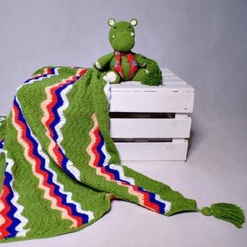 Zielony, szydełkowy kocyk dla niemowlaka. Handmade