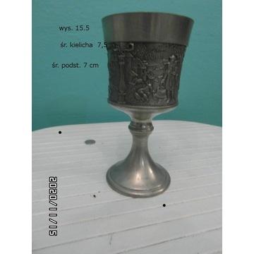 Kielich  metalowy    kolor  srebrny , patynowany