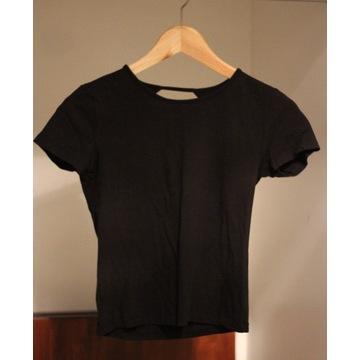 T-shirt Sinsay 152cm krótki, odbryte plecy.