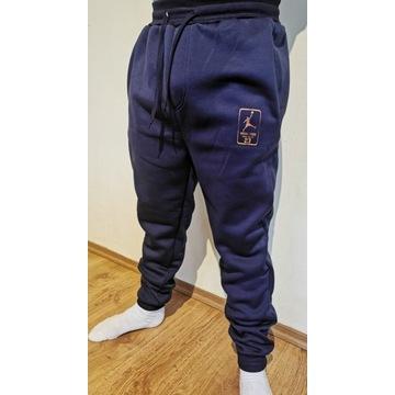 WYPRZEDAŻ !!! Spodnie dresowe JORDAN !!!