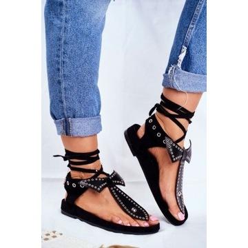 Czarne wiązane sandały z kokardą 38