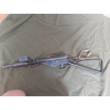 Pistolet maszynowy Sten M. II - wierna replika