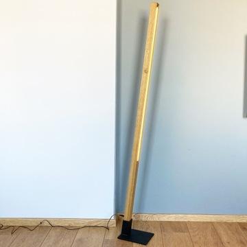 Lampa drewniana led- podłogowa