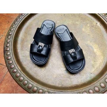 Ekskluzywne klapki Versace czarna skóra r. 41