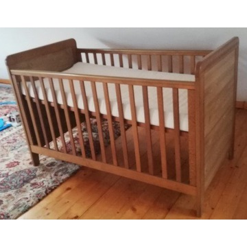 Łóżeczko drewniane niemowlęco - dziecięce