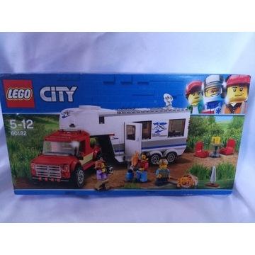 Zestaw LEGO CITY | Pickup z przyczepą - 60182