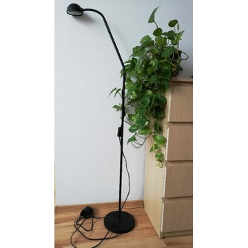 Lampa stojaca Ikea czarna