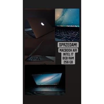 MacBook Air I7 8GB RAM 256 SSD