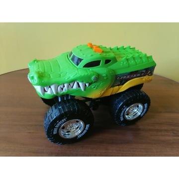 Samochód krokodyl.
