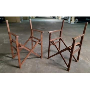 Dwa krzesła reżyserskie składane.