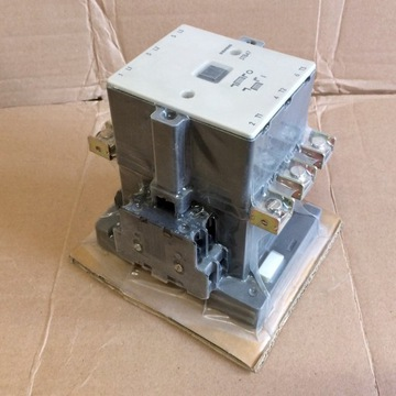 stycznik SIEMENS 3TB47 14-0A 90A cewka 220V