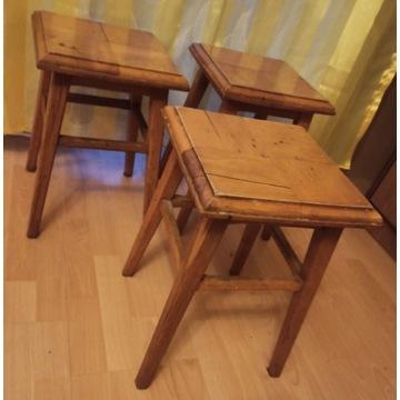 drewniane TABORETY - 3 sztuki komplet 3 sztuk
