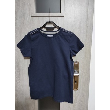 Chłopięca koszulka T-shirt rozmiar 140 nowa