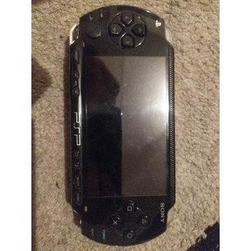 PlayStation Portable + karta pamięci 4GB