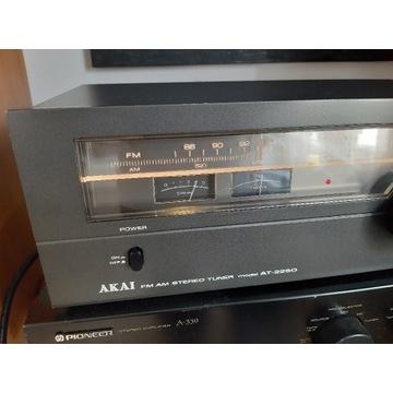 Tuner Akai  at2250 radio