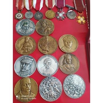 PRL zestaw medali 70mm ,ordery i krzyż kawalerski