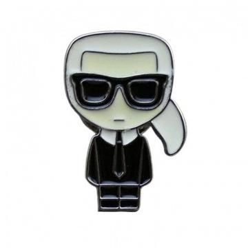 Nowa Przypinka Karl Lagerfeld Moda 2021