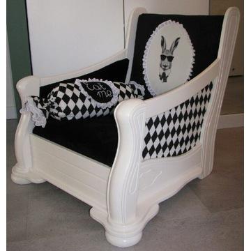 Fotel z Alicji w Krainie Czarów + GRATIS