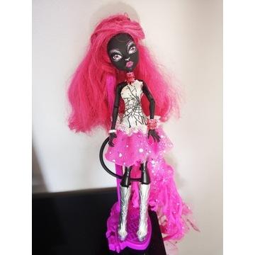 Lalka Monster High Catty Noir