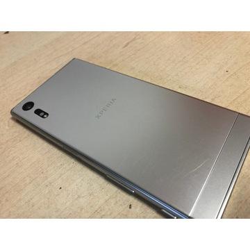 Sony Xperia XZ srebrna