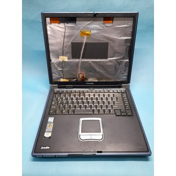 Laptop TOSHIBA  S2430-201 - włącza się