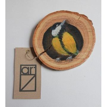 """""""Sikorka"""" na plastrze drewna"""