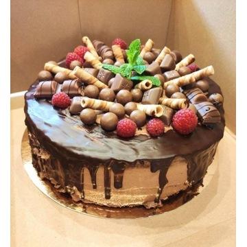 TORT czekoladowy na zamówienie ciasto bezy DOWÓZ
