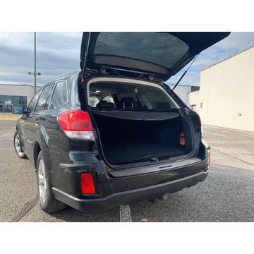 Subaru Outback IV uszczelka klapy bagażnika ideał