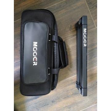 Mooer PB-05 pedalboard