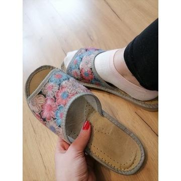 buty noszone używane klapki kapcie fetysz stóp
