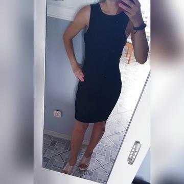Czarna sukienka h&m 36, wycięcia na talii