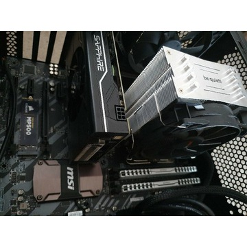 KOMPUTER- i7 9700k, 16gb, M.2
