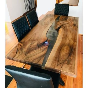 Wyjątkowy drewniany stół z żywicą
