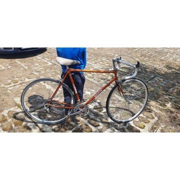 Rower szosowy kolarzowy SUPERIA BCM