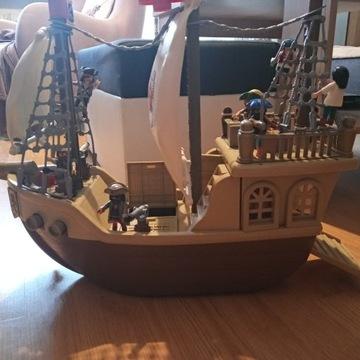 Statek piratów Playmobil