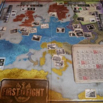 First to fight - gra planszowa strategia edukacja