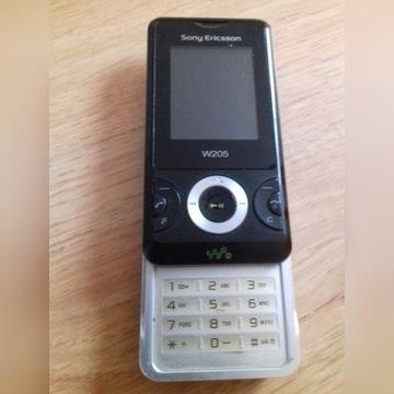Sony Ericsson W205 z ładowarką