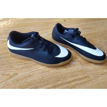 Nike halówki r. 38.5