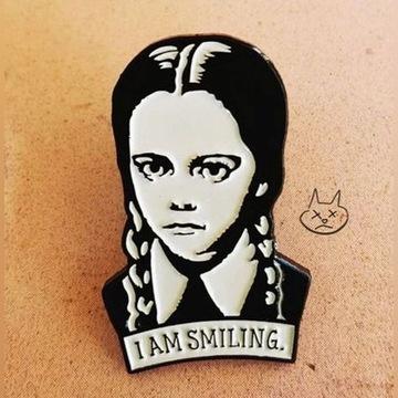 Przypinka Weenstey Addams Family broszka pin