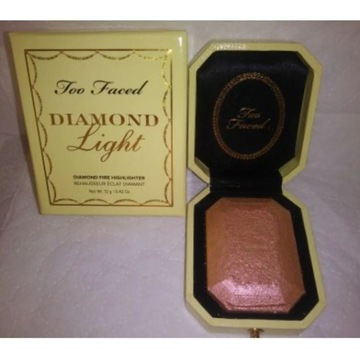 TOO FACED Diamond Canary 12g rozświetlacz