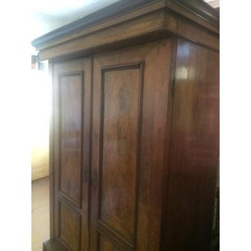 Stara drewniana szafa z szufladą antyk vintage