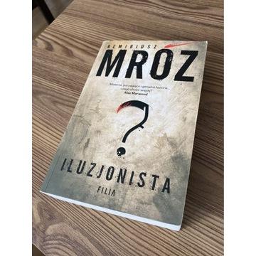 Książka Iluzjoniska Remigiusz Mróz