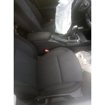 Środek fotele boczki wnętrze Laguna 3 2008 kombi