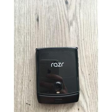 Nowa Motorola RAZR e-sim