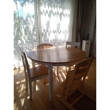 Okrągły biały stół z fornirowanym blatem dębowym