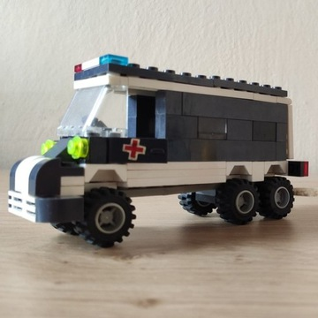 Klocki LIGAO Ambulans