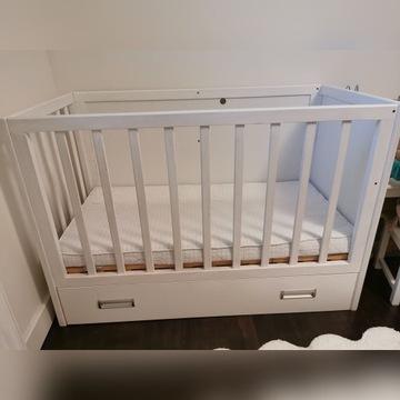 Białe łóżeczko dziecięce 120x60