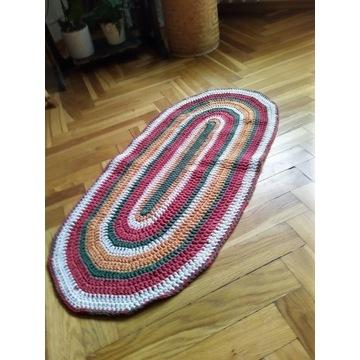dywanik ręcznie wykonany na szydełko rękodzieło