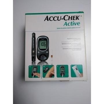 Accu-Chek Active / caly zestaw / 2010-05